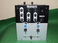 NUMARK DM925 Professional Preamp Mixer Silver Silver 2-Channel Untested