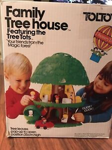 TOLTOYS for KENNER Tree Tots Family Doll House In Box  1975