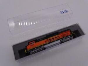 Kato EMD ES44AC BNSF 5931 N Scale Model Train Locomotive 176-8931 NIB Railroad