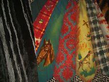 Falda marca SAVE THE QUEEN ver fotos varias telas desiguales y estampados