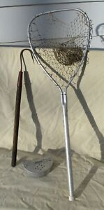 3 vintage fishing items aluminum landing net belt worm bait box wood shaft gaff