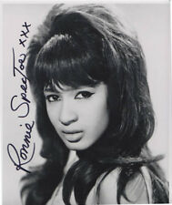 RONNIE SPECTOR SIGNED 10X8 PICTURE WITH BONUS