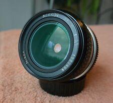 GREAT Nikon Nikkor 28mm  f/3.5 lens AI