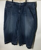 Lane Bryant Size 28 Crop Capri Jeans Medium Blue Stretch Cropped Distressed