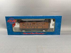 "Atlas 9054-2 O 36' Wood Reefer Car Swift ""Premium Ham"" #1944 (2 Rail)"