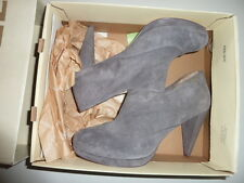 Diesel High Voltage  Dessy  Leather Casual Fashion Heels Shoes size 7.5