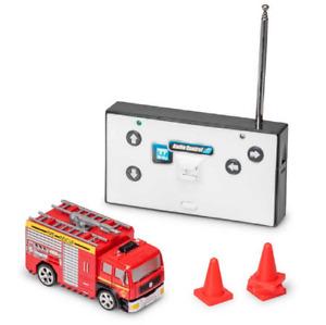 MINI RC FIRE TRUCK - 36672 SMALL FLASHING LIGHTS SOUND EMERGENCY REMOTE CONTROL