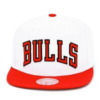 Mitchell & Ness Chicago Bulls Snapback Hat Cap Two-tone White/Red