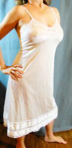 ELEGANT ADONNA WHITE SATINY SLIPPERY NYLON LACY SNIP-IT HEM FULL SLIP 40 EVC