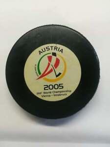 2005 Austria IIHF Ice hockey world championship - OFFICIAL GAME PUCK