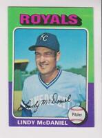 1975 Topps #652 Lindy McDaniel card, New York Yankees star, NICE!