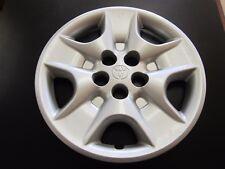 2000 - 2005 Toyota Celica Hubcap 1998 - 2003 Toyota Sienna hubcap OEM