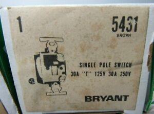 """BRYANT 5431 SWIITCH 30 AMP """"T"""" 125V 30 AMP 250V"""