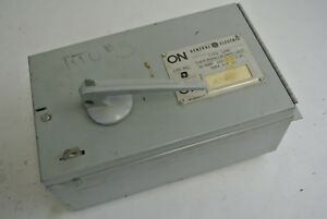 GE THFP361 - QMR-TYPE PANELBOARD UNIT - FUSIBLE SWITCH - 600VAC, 30A, 20HP MAX.