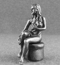 Miniature Female Metal Woman in Towel 1/32 Sexy Girl Figurines 54mm Toy Soldiers
