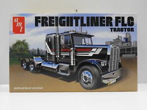 1:24 Freightliner FLC Tractor AMT AMT1195