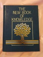 The New Book of Knowledge Volume 5 - E Encyclopedia Edition 2002