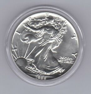 U088B USA UNITED STATES 1988 $1 1OZ SILVER BU UNC MINT EAGLE COIN IN CAPSULE