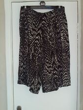 ladies culottes size 16/18 NEW
