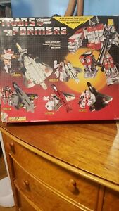 G1 Transformers Vintage 1985 Superion 99% Complete With Box Insert NEAR MINT!!!