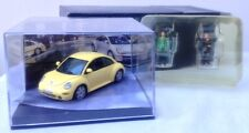 Vitesse VLM024 Volkswagen Beetle die cast car 1999 yellow & 2 figures 1:43rd