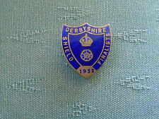 RARE 1932 DERBYSHIRE SHIELD FINALIST RUGBY UNION - ENAMEL LAPEL BADGE