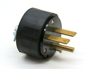 Arrow-Hart 5701 Rubber Casing Straight Blade Plug 30A 250V 2-Pole NEMA 6-30P