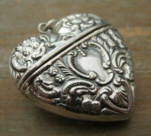 Pretty Rococo Heart Birmingham Hallmarked Sterling Silver Vesta Case Box Locket