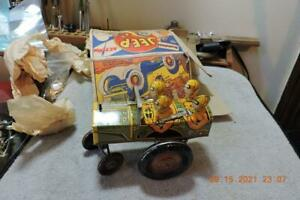 Vintage Marx Windup Jumpin' Jeep 22c Metal Tin Toy with box clean