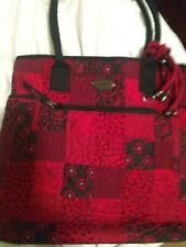 """Donna Sharp Handbag. Red Patchwork. 13""""X 14"""" X4"""". Quilted.. 3 Outside Pockets."""