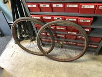 VINTAGE ANTIQUE BIKE BICYCLE STEP DOWN RIMS 28'' RIMS USED RUSTED WITH FRONT HUB