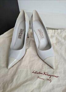 Vintage Salvatore ferragamo 7US