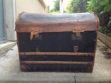 Ancien grand coffre malle bombée XIXe CUIR Voyage Voiture Paquebot À RESTAURER