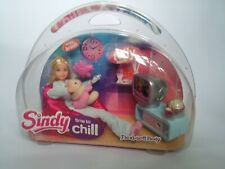 """Hasbro SINDY Doll """"Time To Chill"""" Play Set And Accessories, Vintage"""
