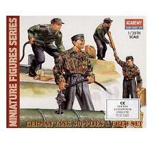 Soldati tedeschi 1/35 Miniature Figures German Tank Supplies Crew Academy 1376
