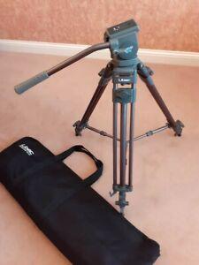 Libec T68 Professional Video Tripod With H22DV Fluid Head + case