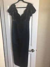 Carmen Marc Valvo Elegant long black Lace top evening gown formal 10
