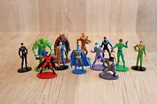 Lot de 12 figurines Batman (Marvel, Comics, Catwoman, Robin... )