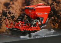 UH5221 1:32 KUHN VENTA 3030  Alloy car model  Farm tractor accessories