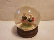Christmas Wreath White Snow Geese Wooden Base Water Snow Globe VINTAGE RARE EUC