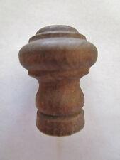 ancienne  poigné de meuble-tiroirs en bois 20 ème ronde