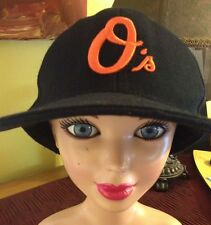 BALTIMORE ORIOLES MLB BLACK FLAT CAP BY TOP PRO,  FITTED SPORTS CAP SIZE SEVEN