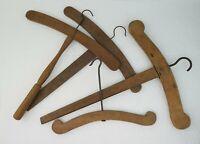 5 cintres bois anciens fin XIXème s. Vintage victorian old wooden coat hangers