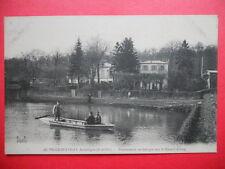 VILLE D'AVRAY  :  Promenade en Barque sur le Grand Étang.