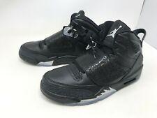 Mens Jordans (512245-010) Son of Mars Black Cat Sneakers Size 9.5 (1P)
