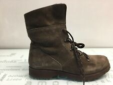 The North Face Women's Combat Lace Up Boots Size 9.5.⭐️