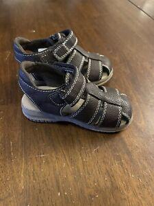 Children's Place Boy Infant Brown Sandals Non-Marking Soles Size 7