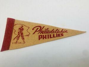 Vintage 1950s PHILADELPHIA PHILLIES  Baseball Mini Pennant 3.75x9 Inch