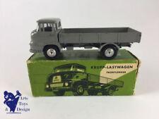 Véhicules miniatures gris Krupp