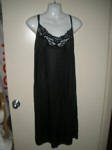 """#813 Vassarette Black Slip, Size 42 28""""/48 Style 10-805, Full Slip"""